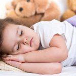 Как уложить ребенка днем спать