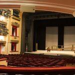 Посещение театра детьми – отдых или нет?