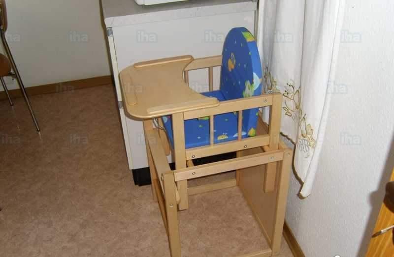 Детский стульчик из дерева