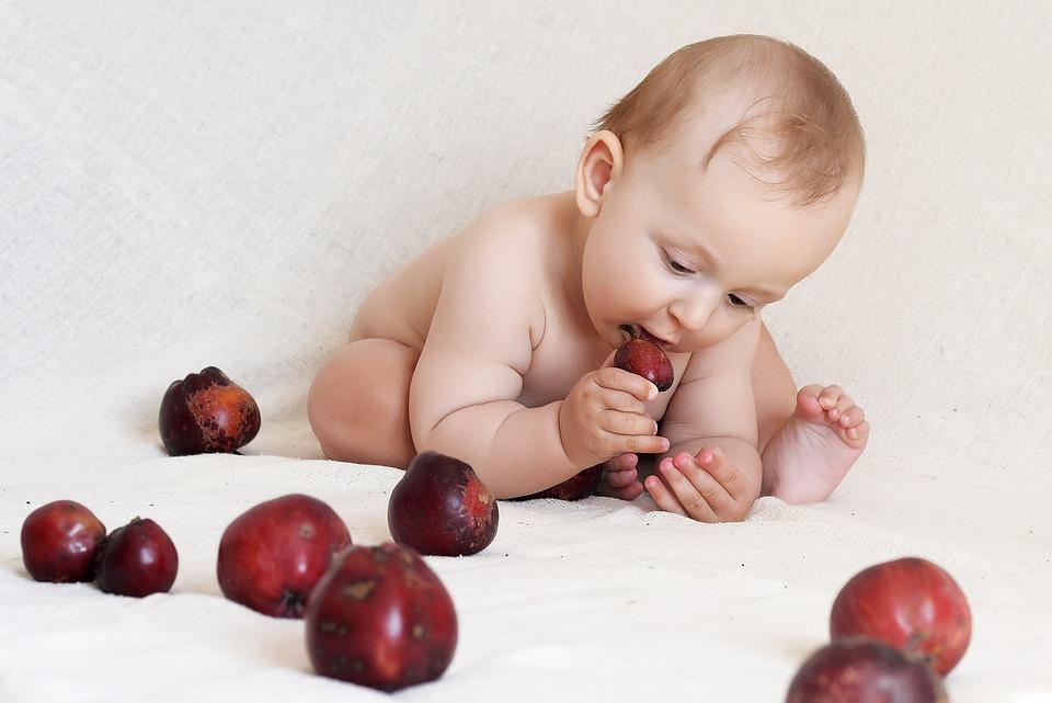 десятый месяц ребенку развитие и питание