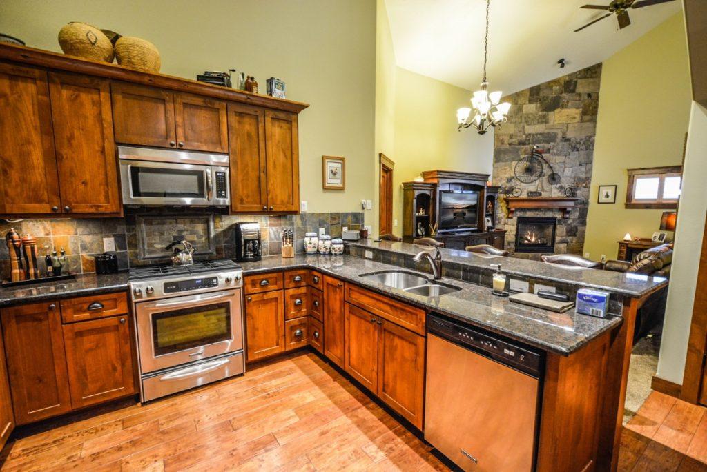 Интерьер кухни мебель