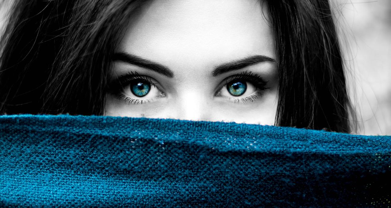 Голубые глаза - не только эталон красоты